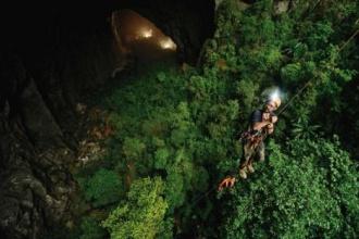 Sơn Đoòng là điểm du lịch mạo hiểm nhất năm 2014